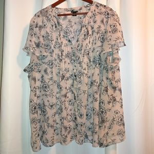 Torrid Semi Sheer Floral Button Up Top Size 4
